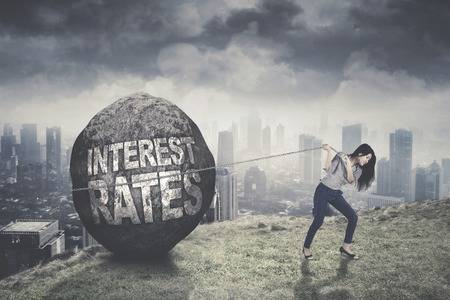Is the Climbing Interest Rate will Effect the Pakistan's Property Market?